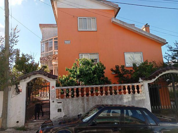 Moradia Venda do Pinheiro a 20 km de Lisboa