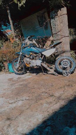 Vendo ou troco pitbike125cc
