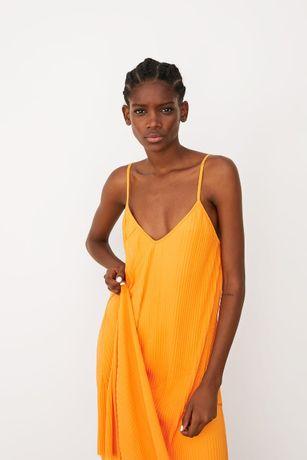 Zara plisowana sukienka S