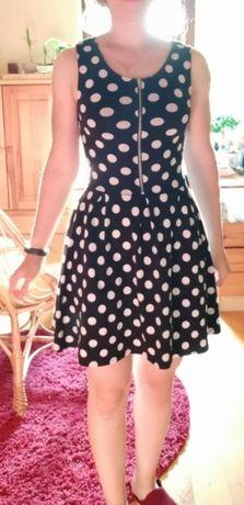 Sukienka w grochy Butik
