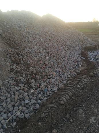 Zwir piasek ziemia tluczen