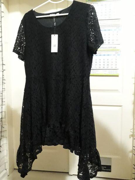 Платье из мягкого гипюра на подкладке
