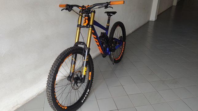 Bicicleta downhill Scott Gambler NÃO ACEITO TROCAS