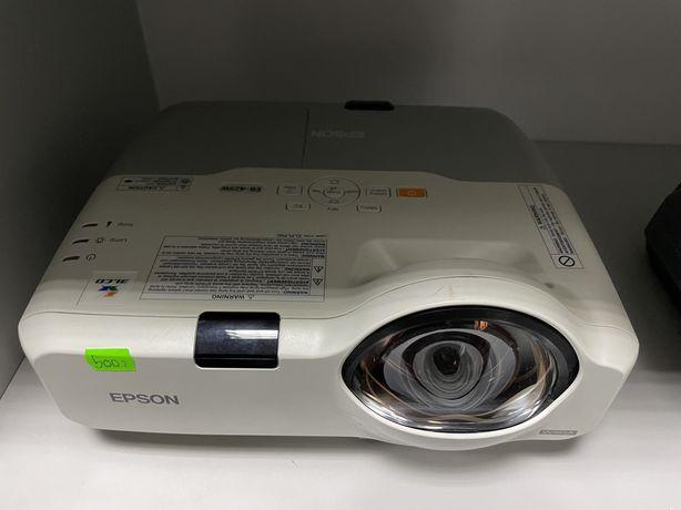 Projektor epson eb-425w 200w usb hdmi vga chinch