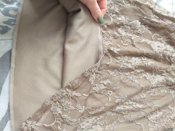 Плаття гіпюрове