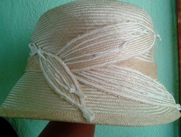 kapelusz słomkowy nowy 57 biały z kwiatem porthos