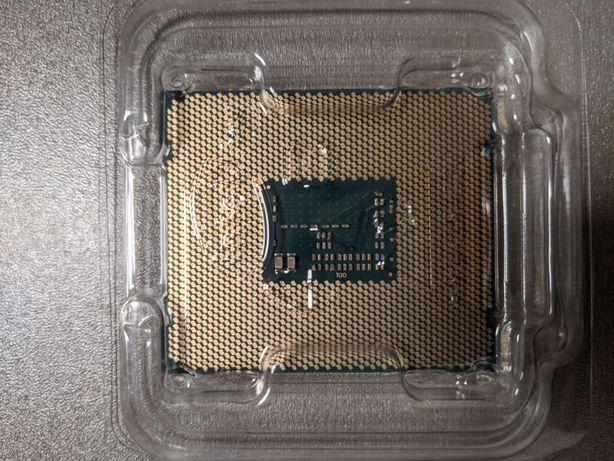 Intel i7-5820K Processor (Tray-Packing)