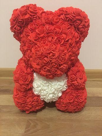 Miś z painkowych róż 40cm prezent na walentynki