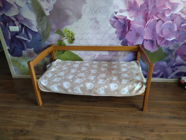 Детская кровать 140*70 см деревянная с ламелями + матрас