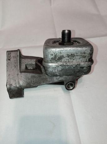 Кронштейн масляного фильтра VW T4