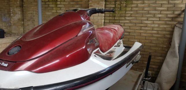 Продам водный скутер с прицепом и документами