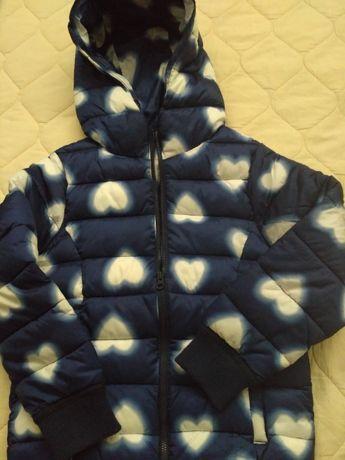 Курточка тепленькая, осенняя с капюшоном
