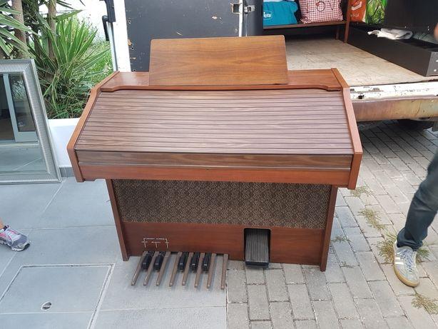 Piano / Órgão ELGAM