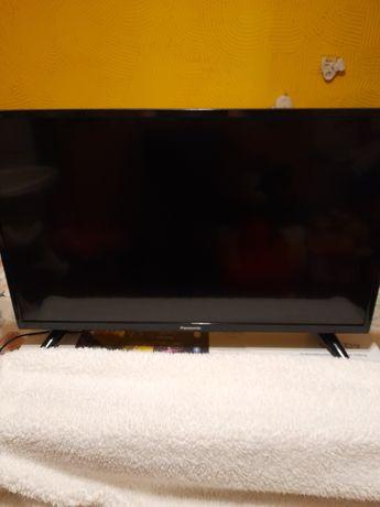 Telewizor Panasonic 32 całe.