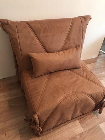 Кресло-диван.