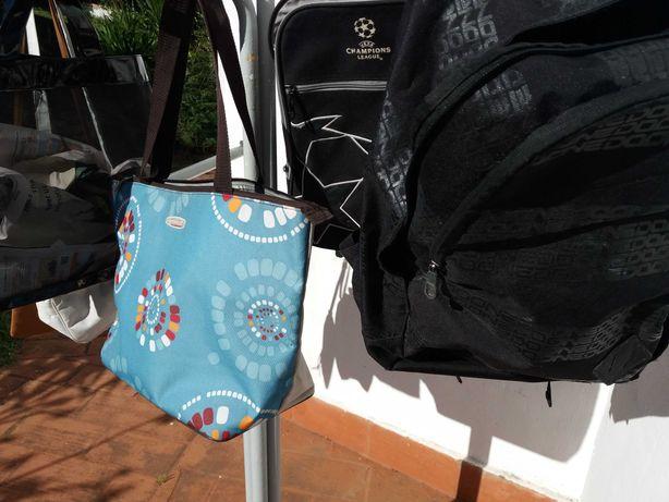 mala de viagem com pega e rodas mochilas