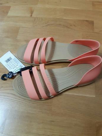 Сандалі Crocs 39