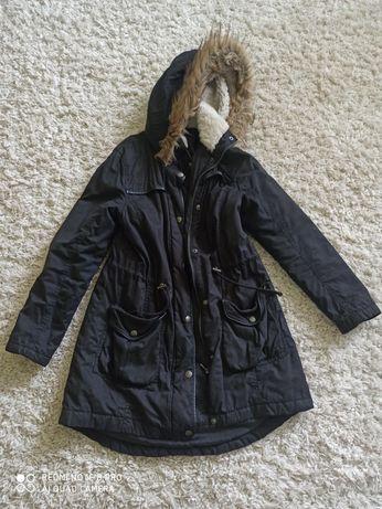 Куртка,парка на розмір S