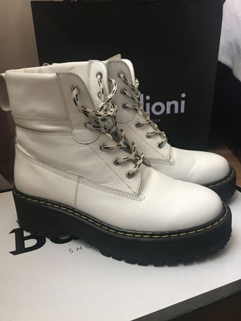 Кожаные деми ботинки Barbilioni