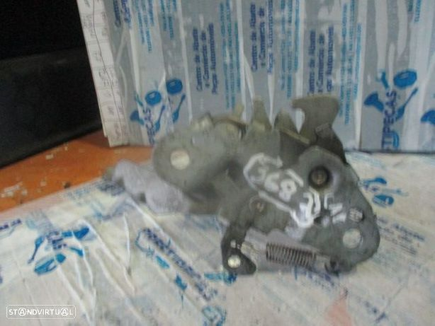 Fecho 9635742080 CITROEN / XSARA PICASSO / 2005 / CAPOT / MANUAL /