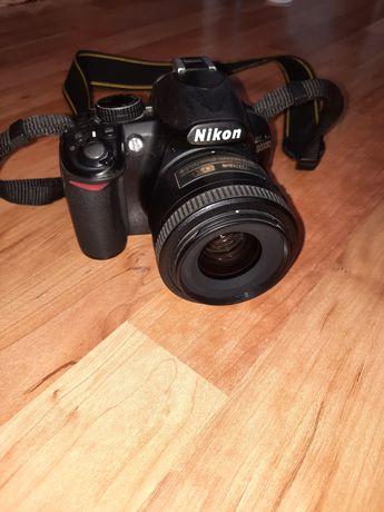 Nikon d3100 nikon 35 1.8