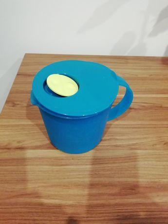 Tupperware dzbanek litrowy