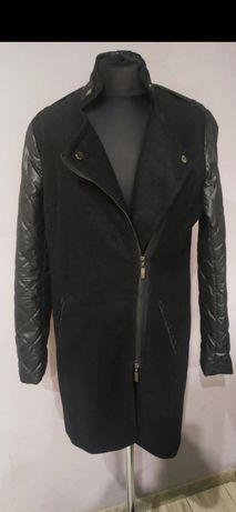Czarny płaszcz kurtka Monnari L