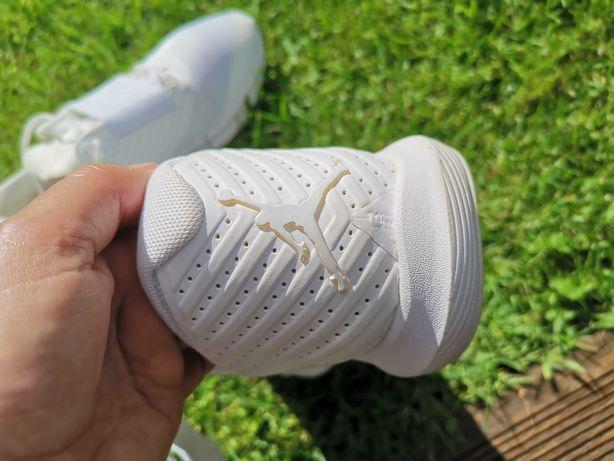 Ténis Nike air jordan relentless AJ 7990