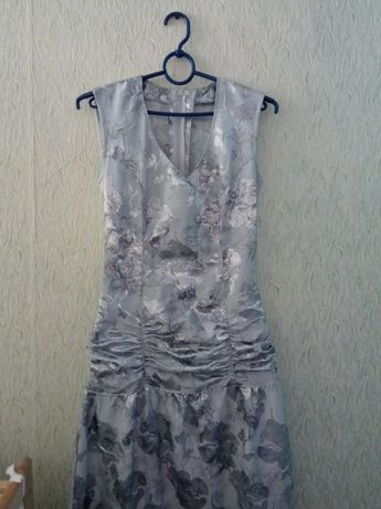 Свадебное платье 400 грн