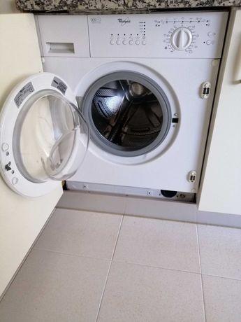 [Preço fixo] Máquina Whirlpool AWOD 042 Lavar Roupa Encastre/Encastrar