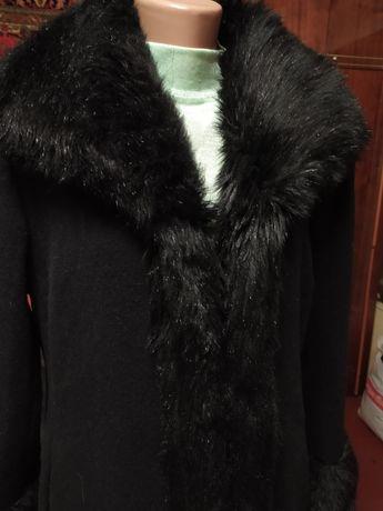 Пальто женское осенние 48-50 размер