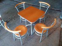 Conjunto de 8 Mesas e 28 cadeiras - ACM182 Usado