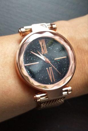Zegarek damski złoty róż magnetyczny