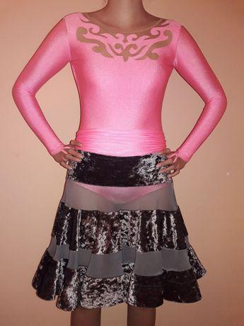 Плаття для латини