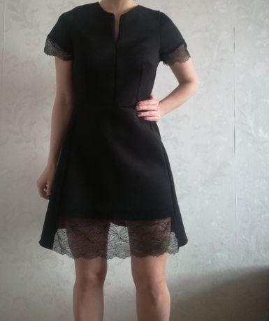 Sukienka Czarna Perełka Kobieca wstawka z koronki Rozmiar S M