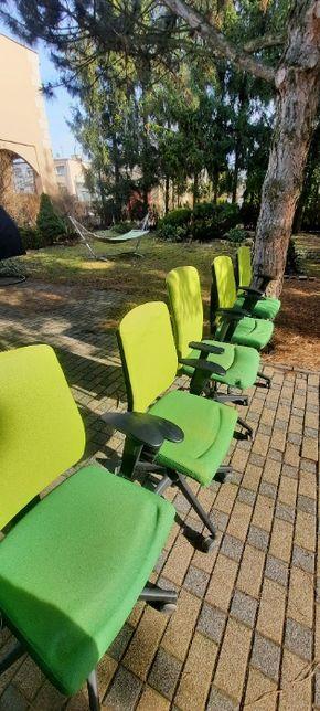 Fotel biurowy obrotowy używany Firmy PROFI. Cena za 1 sztukę