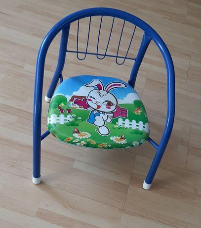Krzeselko do nauki siadania