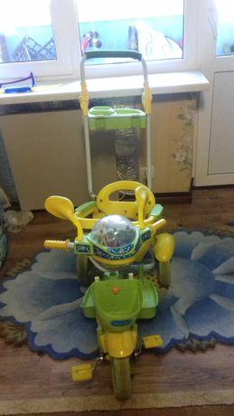 Детский велосипед трехколесный. Продам срочно