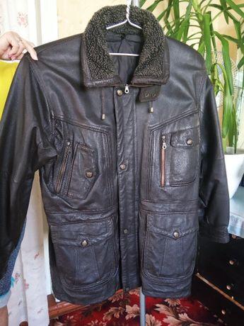 Мужская кожаная куртка-52р