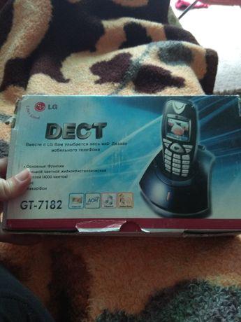 Телефон LG GT-7182