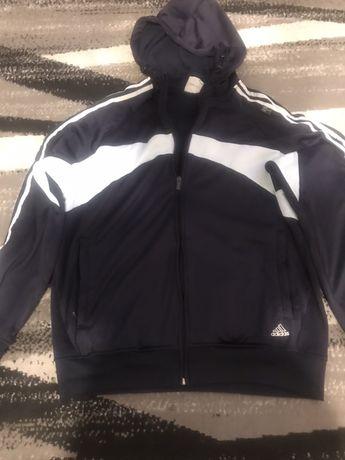 Używana bluza Adidas duże L, na polarze