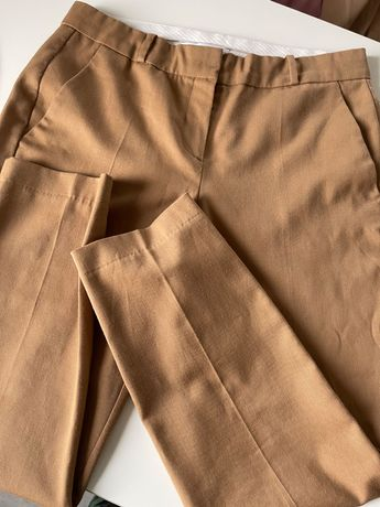 Spodnie beżowe Reserved (47%wełna)