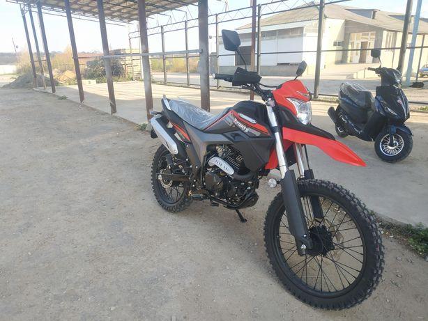 Продам мотоцикл FORTE FT300