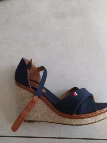 Buty, sandały 38