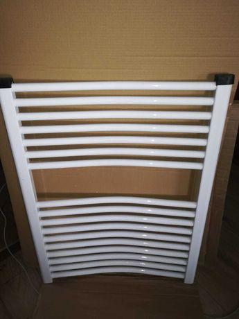 Grzejnik łazienkowy 80x62 biały