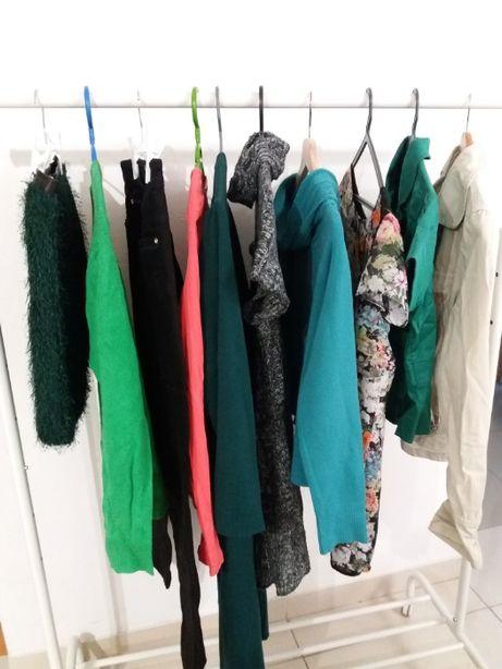Conjunto 10 peças roupa 20€