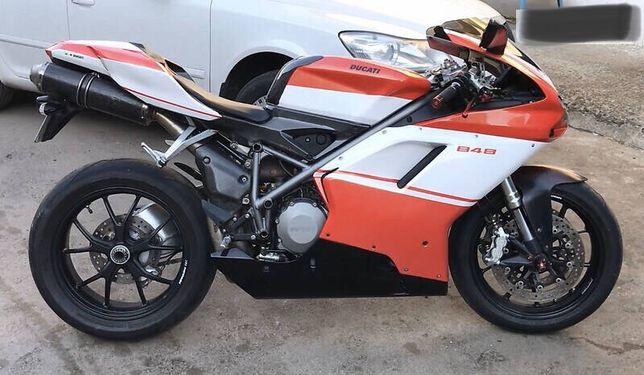 Разборка Ducati 848 1098 1198 запчасти розборка фара радиатор приборка