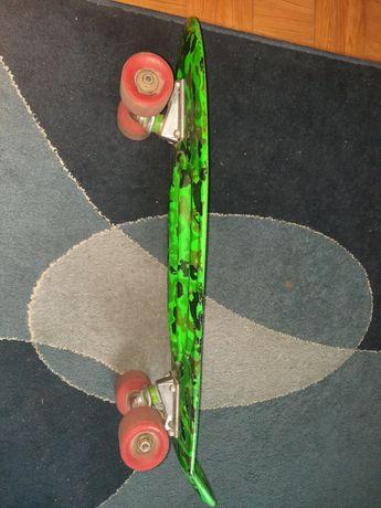 skate muito pouco usado