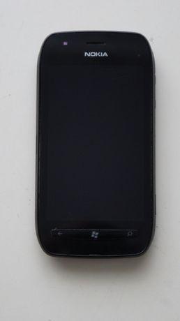 Telefon komórkowy Nokia Lumia 710 uszkodzony