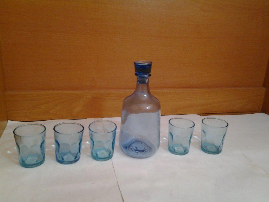 Графин синий,стеклянный,и 5 рюмок ссср Дзержинск - изображение 1